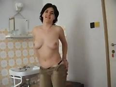 Housewife Melinda makes her first sex video and sucks his cock
