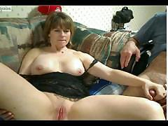 Fat mature female mussing her wet cunt and recording the whole thing