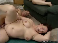Fat old woman gets her hairy old pussy part2