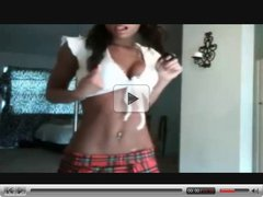 Young webcam teen show her body