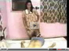 INDIAN HOT MOM DROPS HER GOWN AND FUCJKED HARD - JP SPL
