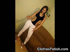 Teen GFs Hot in Leggings!