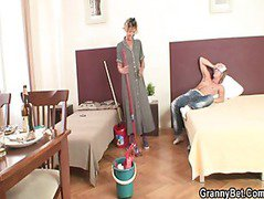 She pleases him instead cleaningShe pleases him instead cleaning