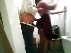 Indian Girl got quick fuck with her BF in unused toilet