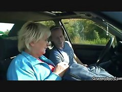 Car driver bangs granny whore