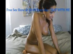 Bigtits camgirl great show with toys live web