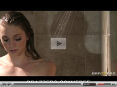 Brazzers - Cute teen Jessie Andrews fucked in the shower