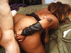 Big ebony babe sucking and milking