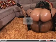 Carmen Hayes & Pinky Big Booty Strap On Lesbians