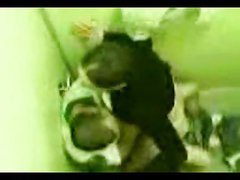 teens quick shag in a toilet