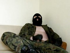 Bear with uniform masked cum without condom