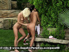 Jenny and Debby amateur blonde and brunette lesbians fingering pussy
