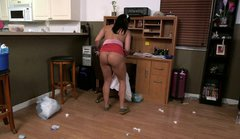 Bootyful maid with big tits is cleaning the house naked