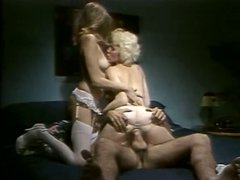 Retro FFM threesome with two brunette and blonde sexpots