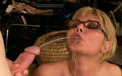 Fuckable blond MILF gets her face sprayed with hot urine after fuck in doggy style
