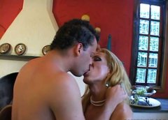 Horny dude sucks blond haired tranny FERNANDA's strong cock for cum