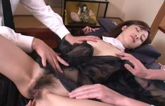 Hussy jade Kanon Hanai is getting her hairy snatch please with vibrator
