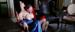 Whorish gorgeous Duchess seduces a colonel for getting her juicy pussy eaten