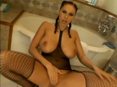 MILF slut Gianna Michaels with big jugs is sucking two hard cocks