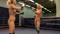 Michelle Moist fighting with  Laura Crystal