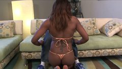 Bootylicious black girl Danni Dior blows big black dick
