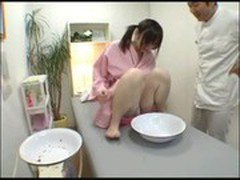 Japanese girl in a beauty salon to undergo urine test