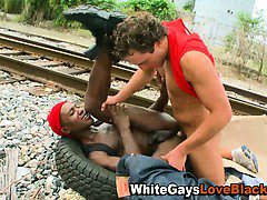 White guy gets sucked and fucks black guy