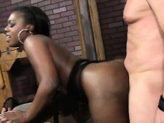Big ass black babe pussy fucked