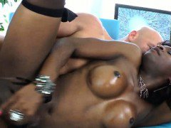 Horny black shemale deepthroat and got her anal ripped