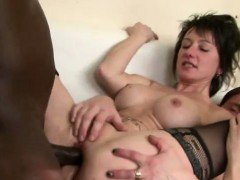 hot mature divorcee black anal in threesome