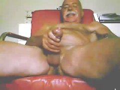 Moustache dad jerking off 1