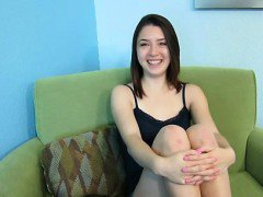 Sweet Daisy turns into a slut at private casting