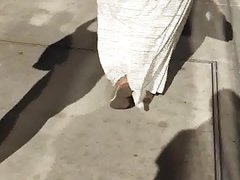 Bbw pawg in dress booty moving