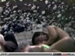 Beach voyeur video: girl giving a blow job