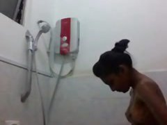 desi girl Selfie took while taking bath