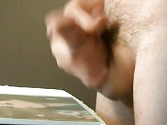 Amateur girlfriend cum in mouth in her kitchen