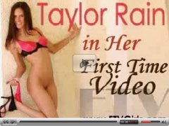 Gigis - Taylor Rain playing with 2 Dildos in ass and pussy