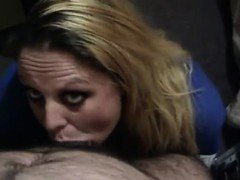 Divorced mother giving contact blowjob to eye