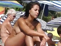 Home D20 - Hot nudist girl at  the beach