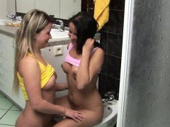 Lisa F has always wanted to fuck with her girlfriend