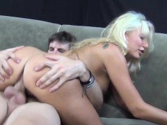 Hot Blonde MILF Is So Addicted To a Good and Hard Boner
