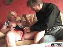 GanzGeil.com Horny mature German woman fucking