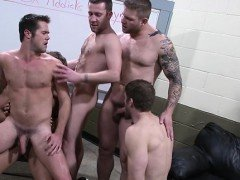Nasty gay orgy on webcam