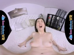 SexBabesVR - Virtual Girl Fucked with Daphne Angel