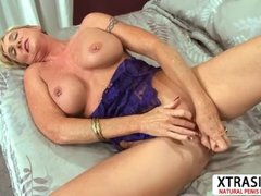 Best Milf Honey Ray Gives Blowjob Sweet Her Son