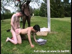 French MILF Marina analfucked in outdoor threesome