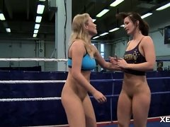 Female Wrestles Indulge in Lesbo Sex