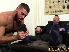 Dad solo cums on his legs gay xxx Hugh Hunter Worshiped