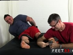 Gay twink fucked with feet face and mens legs naked
