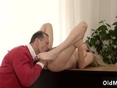 Daddy fucks crony' duddy's daughter Stranger in a